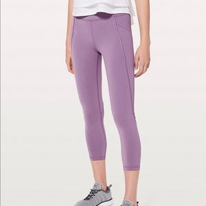 Lululemon In Movement Crop size 6